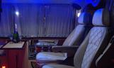 Аренда минивэна в Одессе Mercedes Viano VIP-класса - фото салона