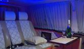 Аренда минивэна в Одессе ВИП-класса Мерседес Виано - фото салона