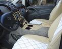 Заказ ВИП-минивэна Mercedes VIANO - фото передних сидений